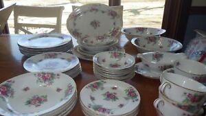 Fine China Dinnerware set Hanford by JYOTO service 6 gold trm EUC 46 pieces