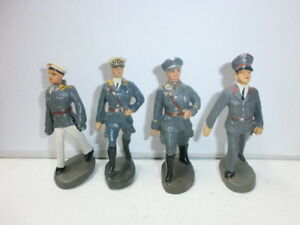 Convolute-4-Old-Elastolin-Ground-Soldiers-Flak-Luftwaffe-Officers-to-7-5cm