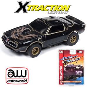 Auto World Xtraction R25 1977 Firebird Smokey and the Bandit 1:64 HO Slot Car