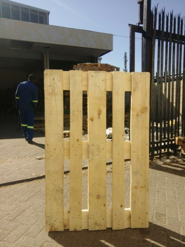wooden pallets for sale R45 each contact no: 0840981544 ...