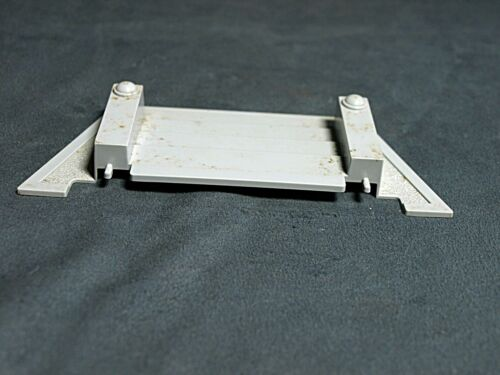 Plasticville Hospital Light Gray Stairs O-S Scale