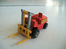 Matchbox Superfast Fork lift trukc in Red / Yellow Forks