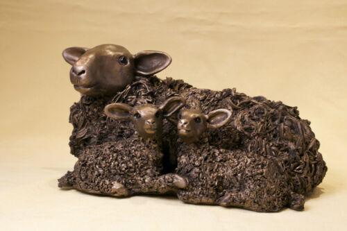 Frith Sculpture Ewe with Twin Lamb Bronze  Veronica Ballan VB029