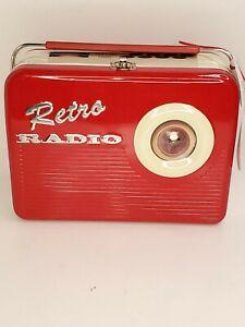 RETRO-RADIO-Red-The-Silver-Crane-Company-Limited-Edition-Tin-Lunch-Box