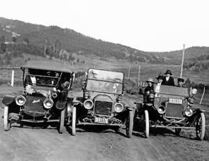 1918-Three-Automobiles-Lewistown-Montana-Vintage-Photo-8-5-034-x-11-034-Reprint