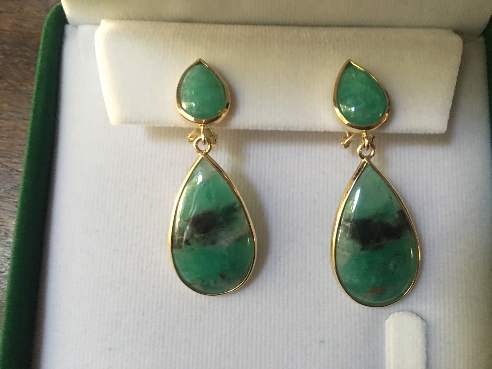 18KT Yellow gold Cabochon Teardrop Bezel Set Colombian Emerald Earrings NEW