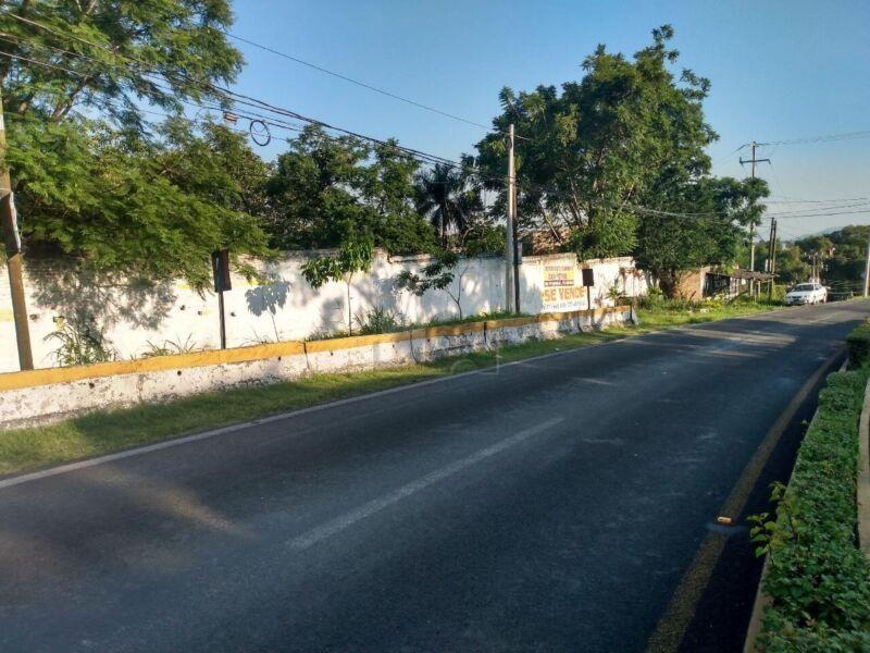 Terreno sobre carretera Fed Mexico Acapulco