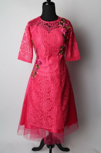 Size S-XL Available Fuchsia Lace Floral Vietnamese Ao Dai Cach Tan with Skirt