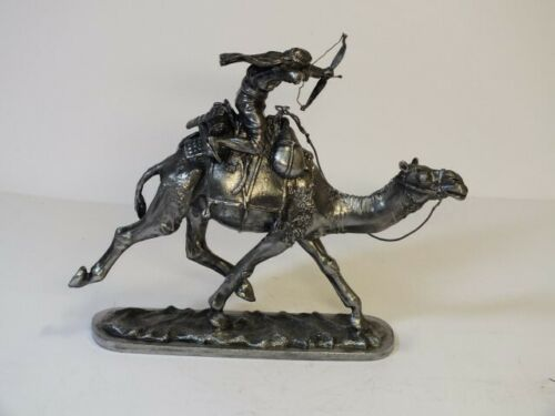 Tin Toy Soldier Assembled Unpainted Palmyra Arab on a camel with a bow 54mm 1//32