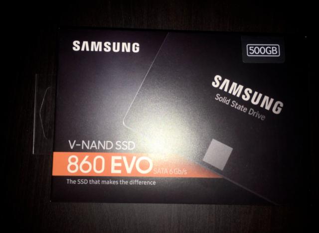 Samsung 860 EVO 500GB Internal SSD 2.5 inch (MZ76E500BAM) Solid State Drive