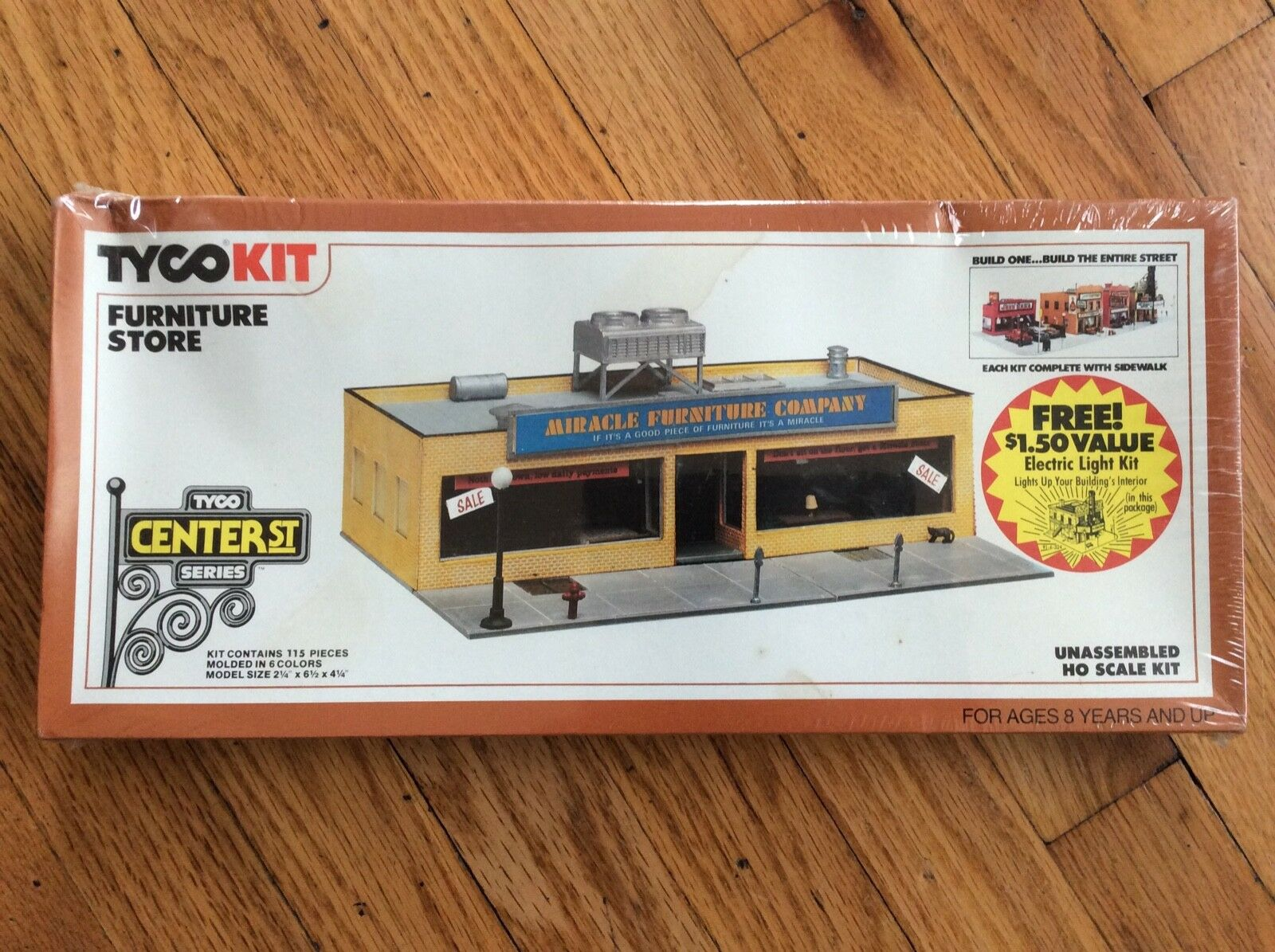 VTG. 1982, TYCO KIT, HO SCALE, FURNITURE STORE, FACTORY SHRINK WRAPPED  NEW RARE