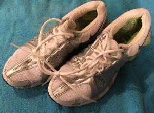 f279c9aba286 NIKE SHOX TL3 Women s 31116-101 Shoes Silver White Lightstrong Sz 7 ...