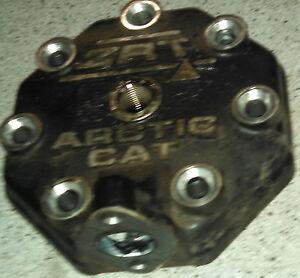 01 02 Arctic Cat ZRT 600- Cylinder Head Engine Top Motor APV Exhaust Power Valve