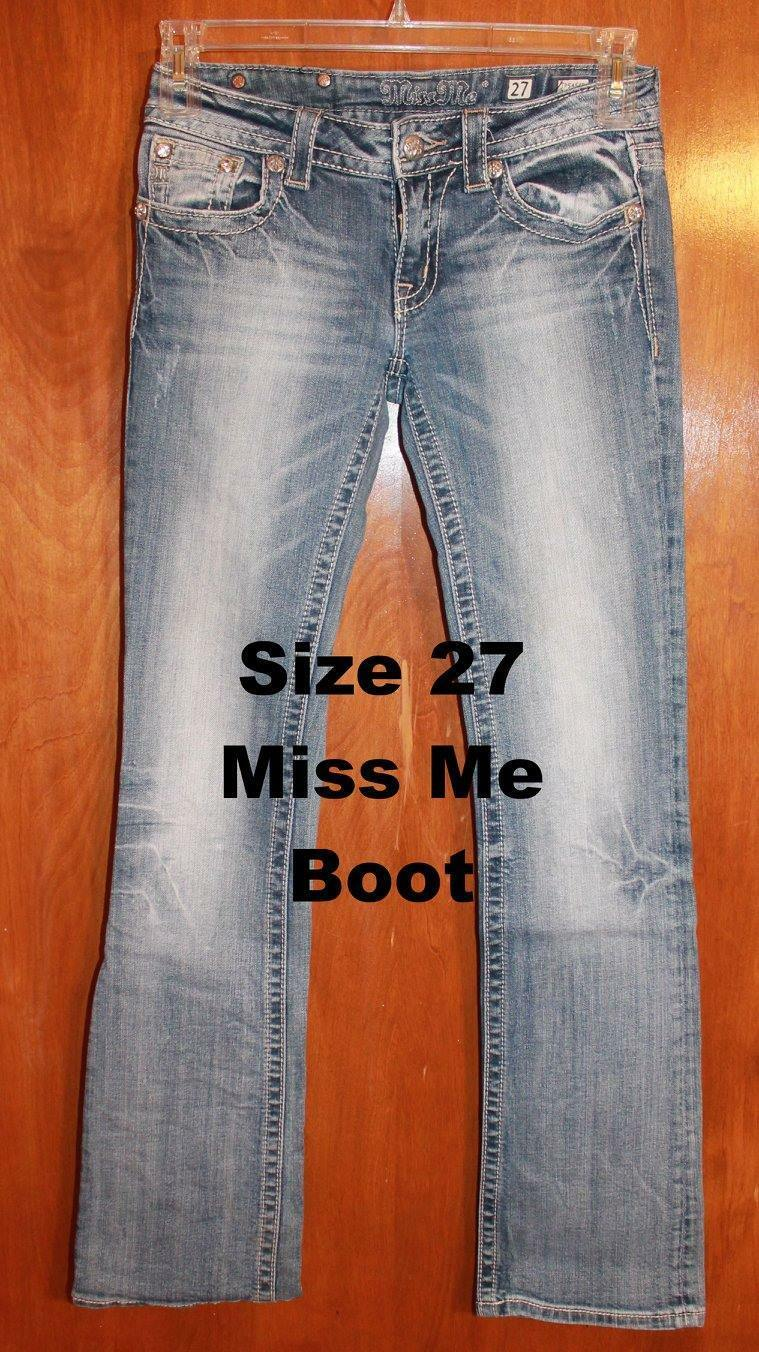 MISS ME Size 27x33 BOOT JEANS (JP545OB; Medium Wash w  Bling) near perfect