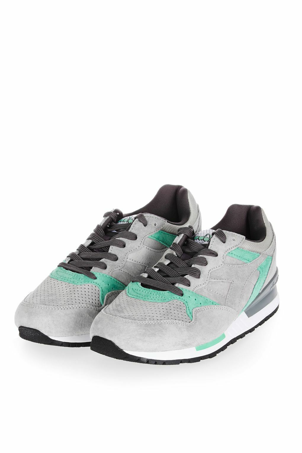 Ladies Intrepid Trainers by Diadora size 5