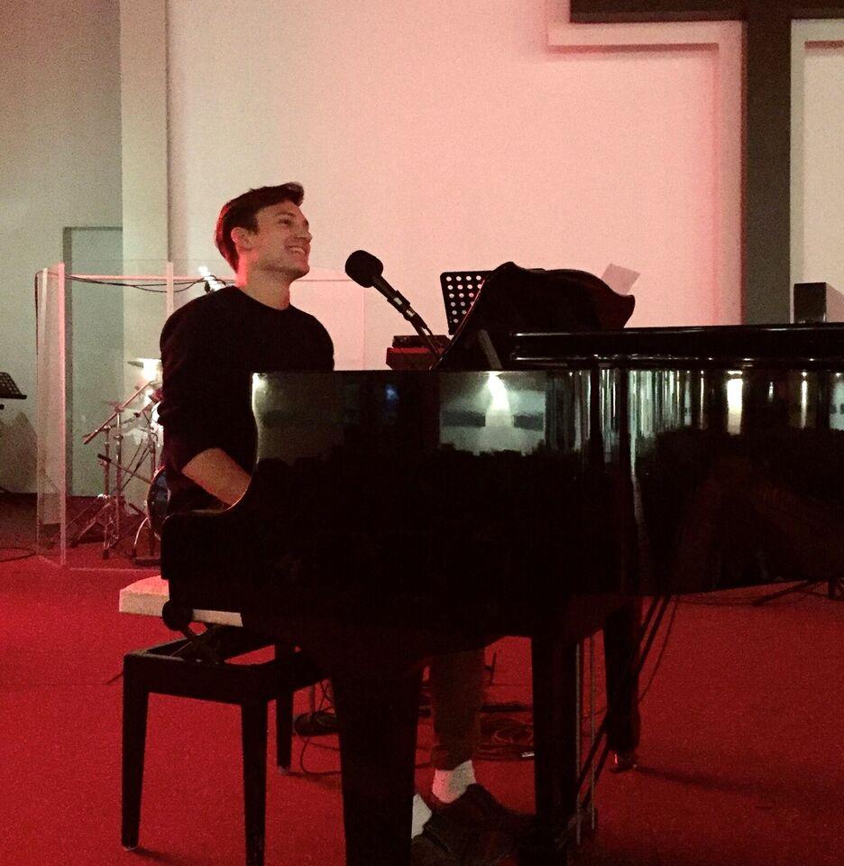 Privat klaverundervisning til unge i Århus omegn