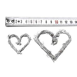 12-kleine-Reben-Herzen-geweist-dunn-offen-5cm-7-5cm