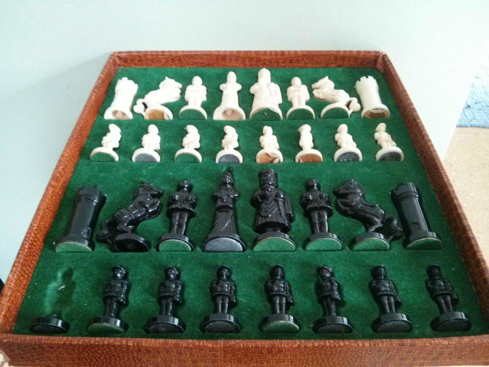 Vintage plastic chess set in original box with 13  board