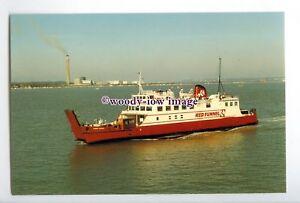 SIM0039-Southampton-Cowes-Ferry-Cowes-Castle-built-1965-postcard