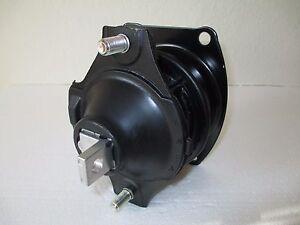2005 acura rl front engine mount