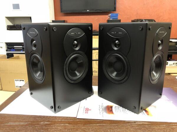 1 Pair Of Atlantic Technology 4400 Srblk Surround Speaker (satin Black) Showroom