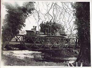 photo de la 56é Div. Blindée. Pont Bailey . tank . région de Stanton .Norfolk