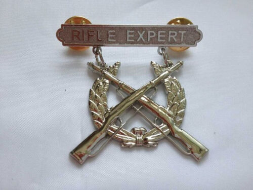 USMC US Marine Corps Rifle Qualification Expert Shooting Badge