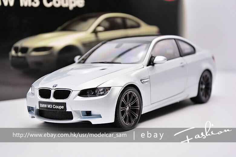 Kyosho 1 18 BMW M3 Coupe E92 de fibra de carbono de argento