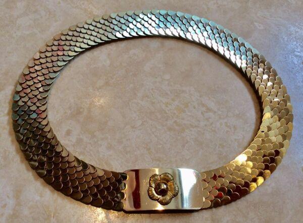 1960s Oro Metallo Squame Di Pesce Cintura Con Fibbia Daisy Xs
