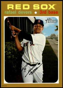 Rafael-Devers-2020-Topps-Heritage-5x7-Gold-145-10-Red-Sox