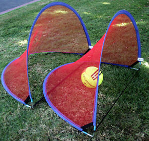usa set goal 4 foot kids portable soccer pop up red net. Black Bedroom Furniture Sets. Home Design Ideas