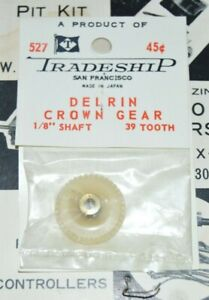 Tradeship-Delrin-39-Tooth-Crown-Gear-48-Pitch-1-8-034-Axle-Slot-Car-NOS-39T-527