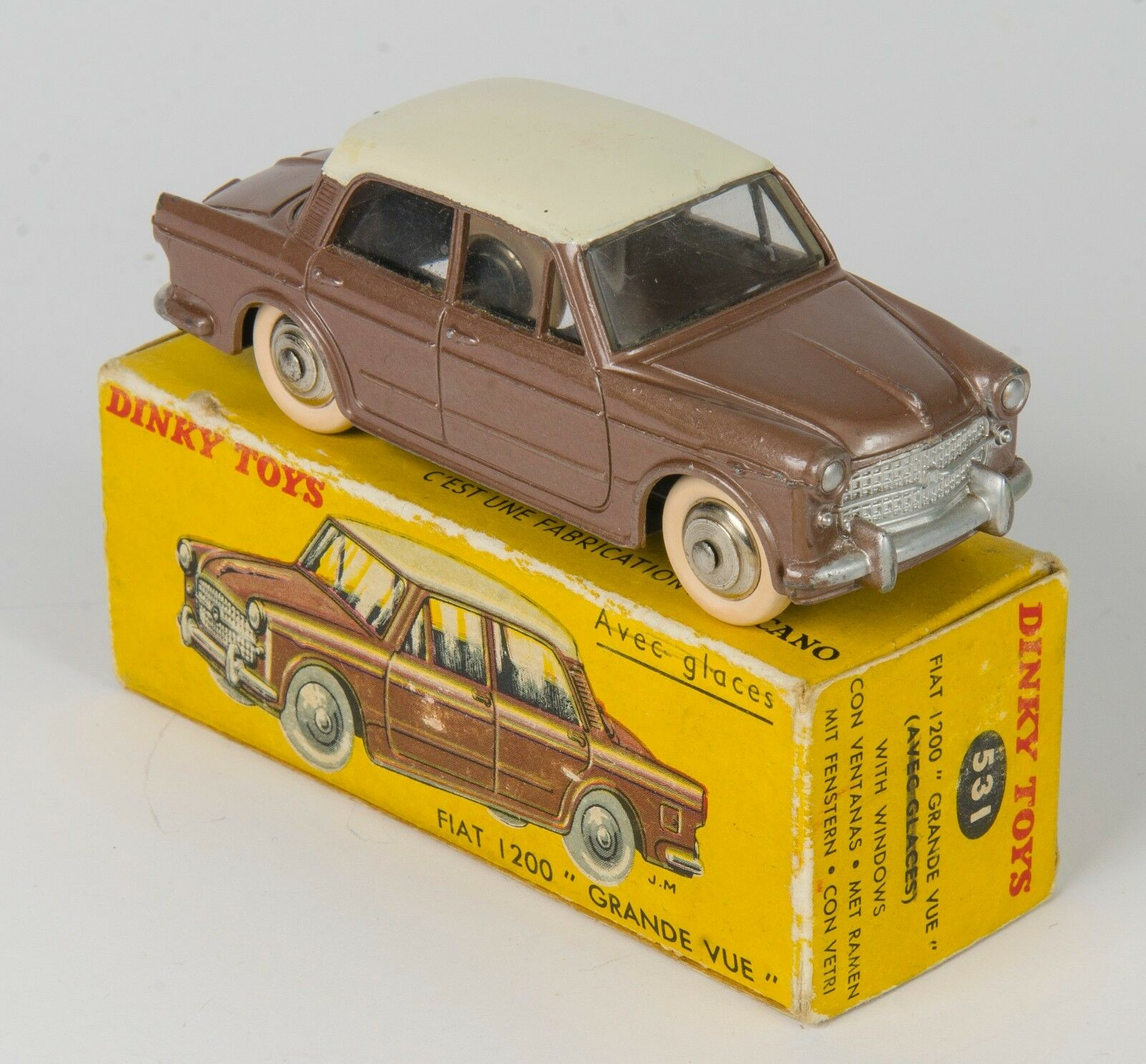 FRENCH Dinky 531 Fiat 1200 'Grande Vue'. Near-Mint Boxed. Original 1950's