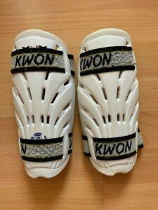 KWON-Taekwondo-Wettkampschuetzer-Gr-3-Armschutz-Beinschutz