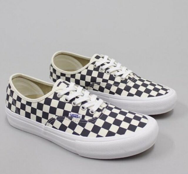 7b101302fdc266 Vans Authentic Pro Checkerboard Pro Checker Navy Men s SZ 6.5 Women s SZ 8  NEW
