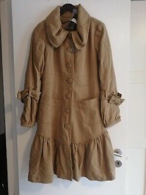 SNOB frakke i beige med kanin INFO