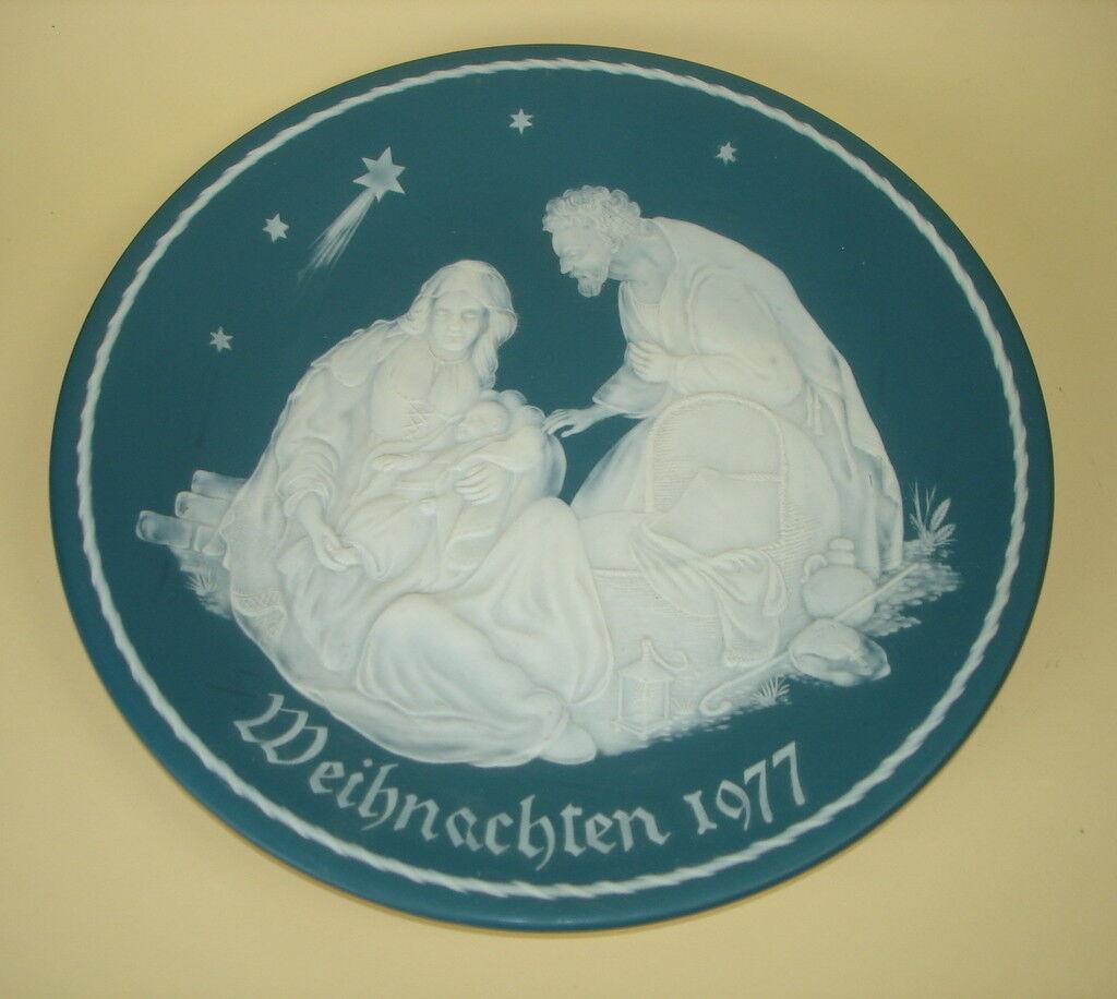 Die Heilige Familie, Weihnachten 1977, Villeroy & BochTeller limitiert  Ø 29cm   | Leicht zu reinigende Oberfläche