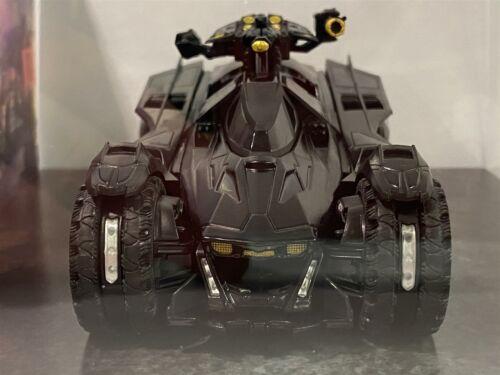Batman Batmobile Arkham Knight Video Game 1:43 Scale Diecast Model