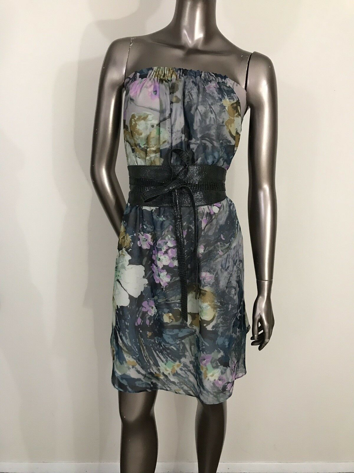 Haute Hippie strapless 100% silk floral dress belted size S or US 4