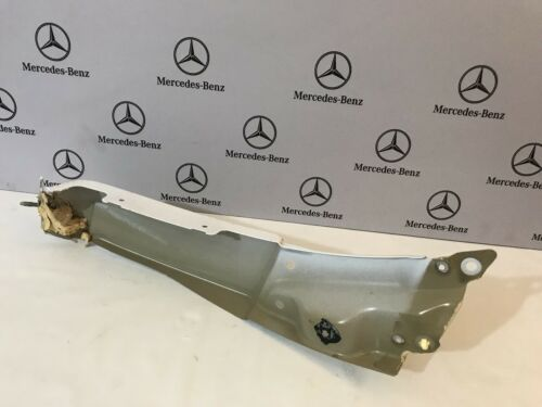 Mercedes Sprinter Right Wing End Bracket Original White Colour