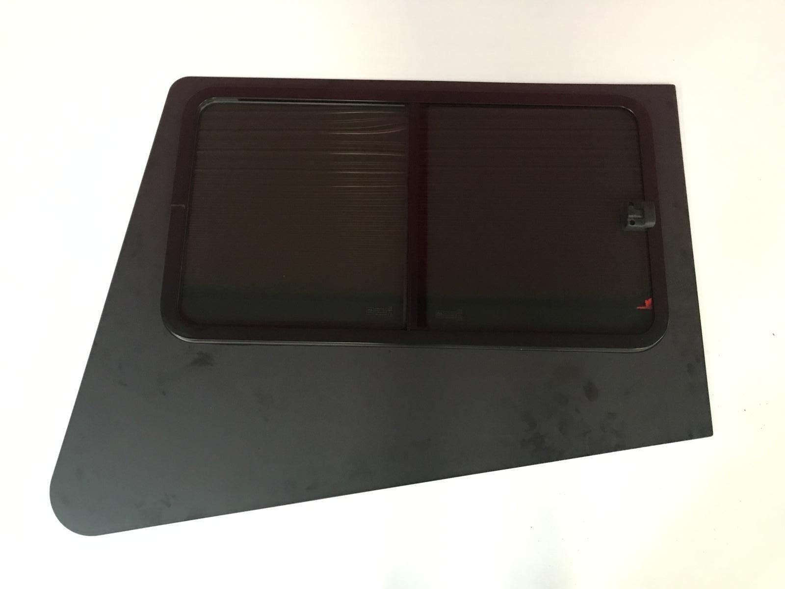 New Bonded Living Tear Drop Shaped Sliding Window horsebox measures 1137 x 690