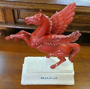 Mobil-Oil-Flying-Red-Horse-Cast-Iron-Statue-Facing-Left