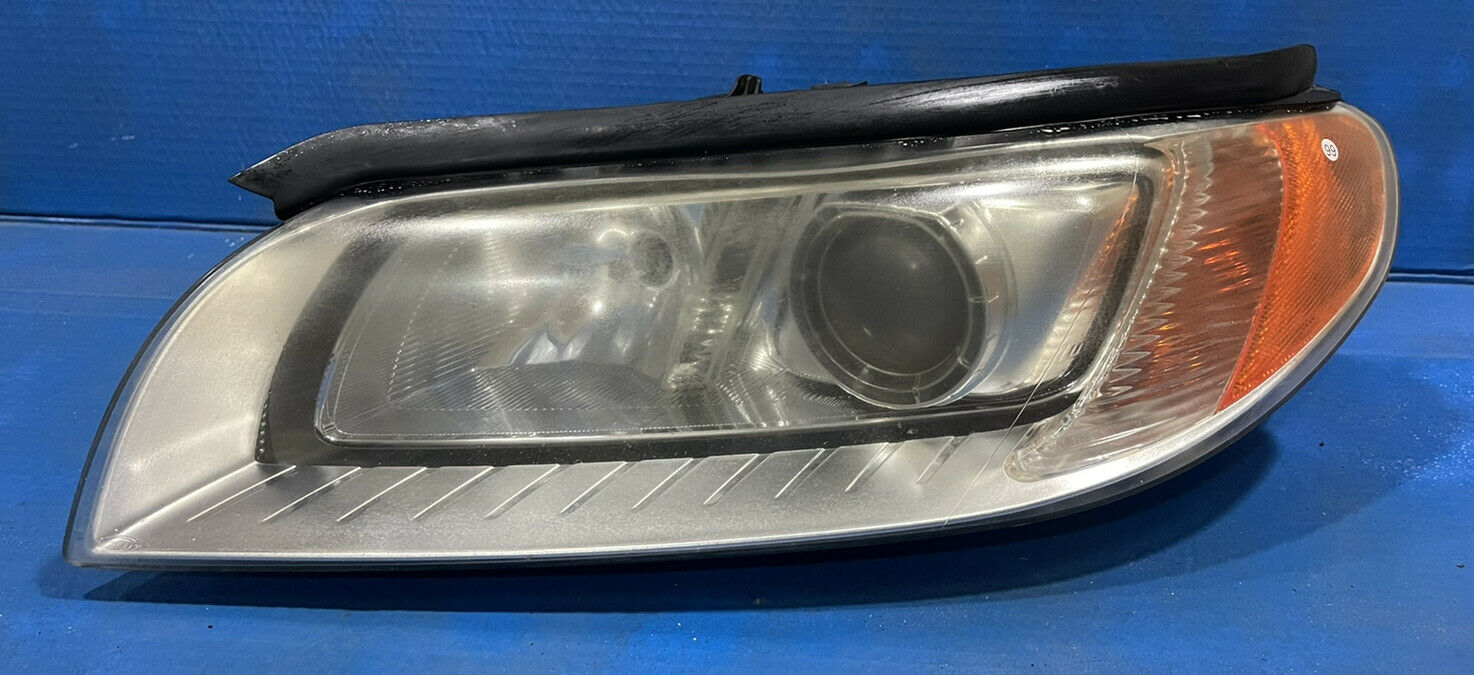 Fits Volvo 2X HID XENON Ampoule de phare 8000K Bleu D1S SJD1SDB80VO