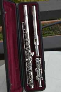 YAMAHA-YFL-261-S-FLUTE-OPEN-HOLE-SILVER-PLATE-GREAT-CONDITION-FLAUTO-TRAVERSO