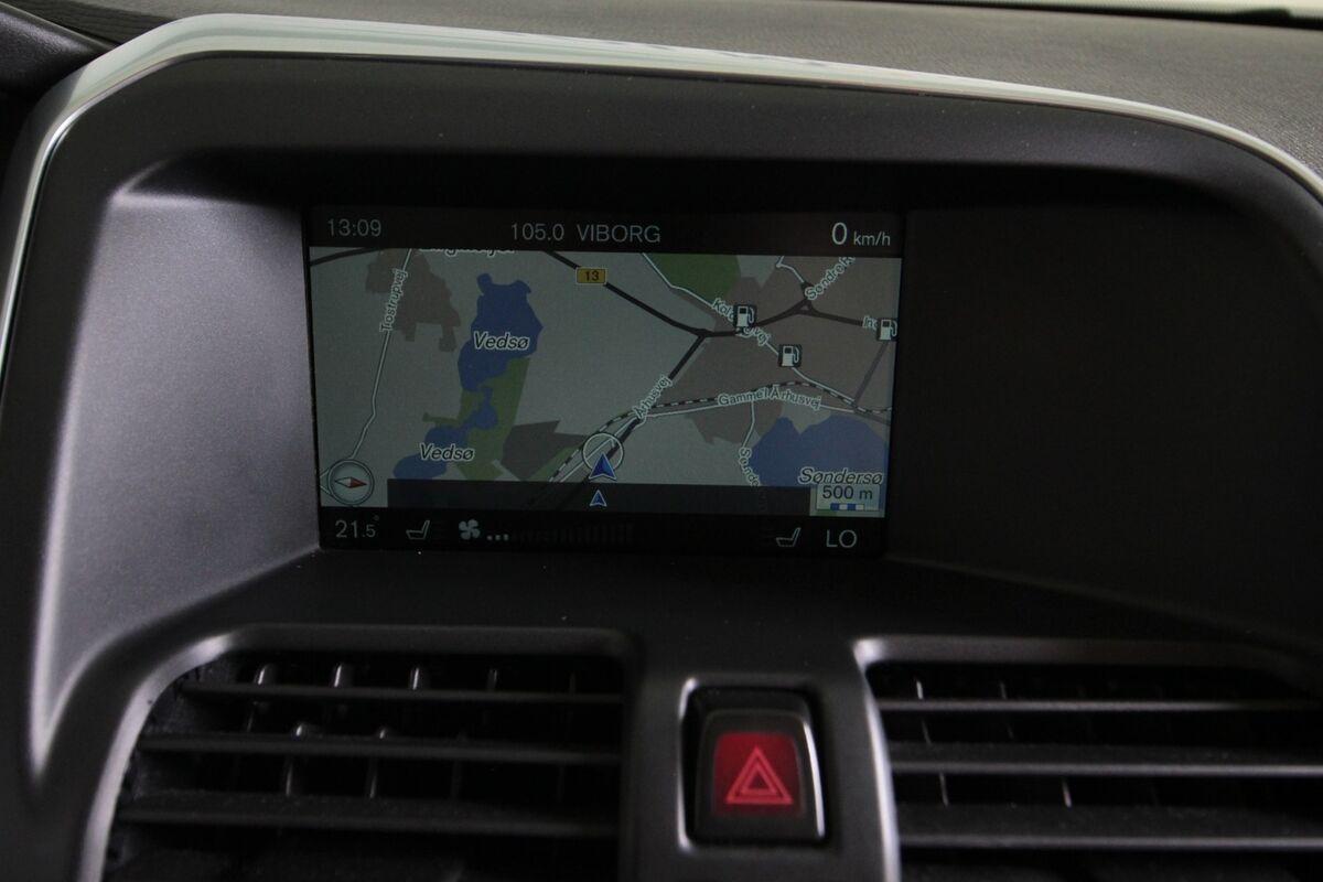 Volvo XC60 2,0 D4 181 Momentum