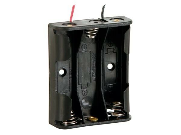 BATTERY HOLDER FOR 3 x AA CELLS (WITH LEADS)