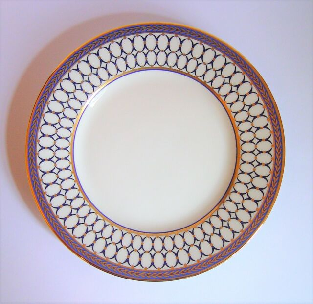 Wedgwood Renaissance Red Bread /& Butter Plate Fine China Dinnerware