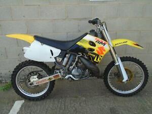 Suzuki-RM250-super-Evo-motocross