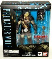 s h monsterarts predator wolf alien vs predator action figure bandai Toys