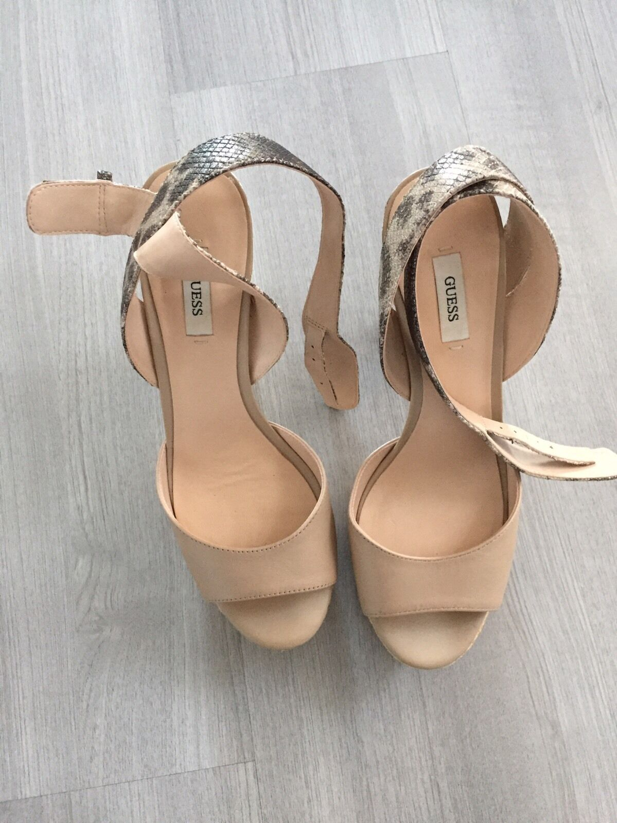 Nuovissimi Sandalo Sandalo Sandalo Guess Con Scatola 8166ed
